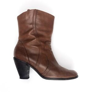 Reba Revolver Leather Ankle Boots 8.5M